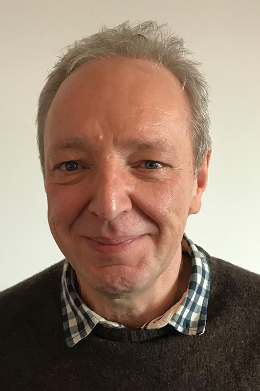 Herr Eckhardt Suhr